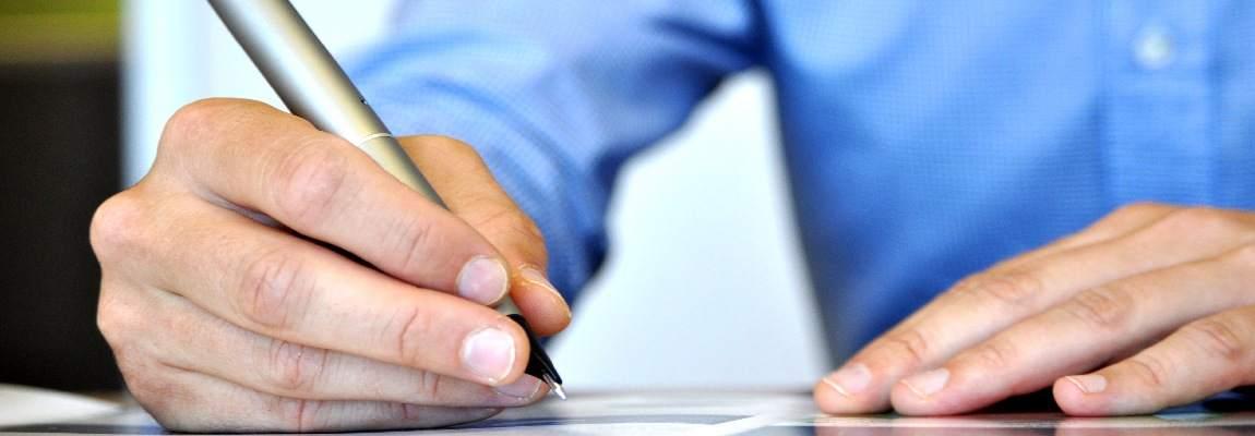E' possibile prenotare una visita in qualsiasi momento con una semplice telefonata al 3358040811